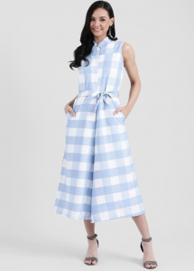 checkered jumpsuit, blue and white, open hair, smile, heels