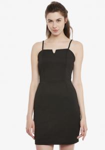 little black dress, date night, open hair, sleeveless black dress, black dress