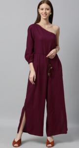 burgundy, open hair, red footwear